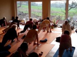 Yogastunde mit Govinda im Yogahaus-Welzin